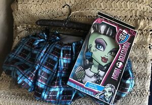 New Monster High Frankie Stein Voltageous WIG Costume  & Petti Skirt
