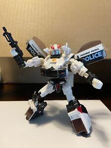 Prowl action figure Hasbro Transformers Universe Classics Deluxe