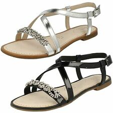 Clarks Flat (less than 0.5') Strappy Shoes for Women