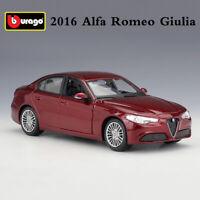 Bburago 1:24 2016 Alfa Romeo Giulia Red Diecast Alloy Model Sports Car Toys