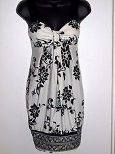 Le Chateau Size XS Womens White Black Floral Dress with Straps
