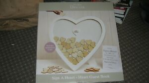 HEART SHAPED SIGN A HEART FRAME STYLE GUEST BOOK