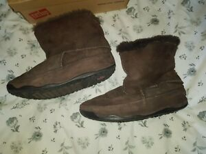 Fitflop size 4 Brown Fluffy boots hardly used unboxed