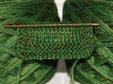 """2x100 g Sockenwolle """"Drachennest"""" NS 2-3 50g=220m Grün mit leichtem Goldglitzer"""