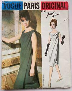 60s vintage Vogue Paris Original couture dressmaking pattern Jean Shrimpton
