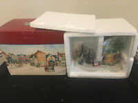 LEMAX VILLAGE 1962 PORCELAIN TREE LOT VINTAGE CHRISTMAS DISPLAY WITH BOX