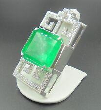 Beautiful Colombian Emerald 70.54 ct pendant 18k white gold with diamonds AGL