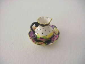 DOLLHOUSE MINIATURES - BLACK & WHITE PITCHER AND PLATE DECORATED W/PANSIES- NEW