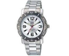 Q&Q Q616J404Y Mens Sport Dress Watch Water Resistant Bracelet Wristwatch New