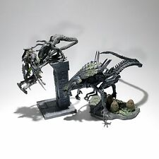 Mcfarlane Alien vs Predator Playsets (Queen, Alien attacks Predator) (Pre-NECA)