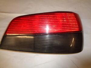 feu arrière d'occasion de Peugeot 306 phase 2 ou 3 coté passager (réf 5631)