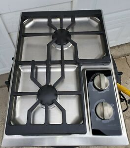 WOLF CT15GS 15 INCH 2 BURNER GAS COOKTOP FOR A TINY HOUSE OUT DOOR KITCHEN