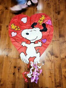 "Peanuts Snoopy Woodstock Valentines Heart Yard Flag 30""x45"""