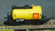 SHELL tank wagon    by ARNOLD    N Gauge   (1)