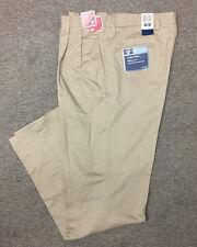 Dockers Men's Classic Fit Signature Khaki Pleated Pants Khaki 36x38