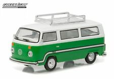 Greenlight 1:64 Club V-Dub 3 1977 VW Type 2 Bus Sumatra Green Roof Rack Stripes
