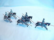 BRITAIN SOLDIERS SIXTEENTH CENTURY MOUNTED KNIGHTS IN FULL ARMOR 5 PCS SET #1307