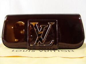 Authentic LOUIS VUITTON VERNIS POCHETTE SOBE CLUTCH BAG PURSE LV VERY GOOD