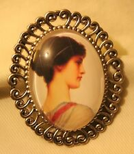 Swirled Rim Silvertone Serene Greek Goddess Maiden Glass Cameo Brooch Pin