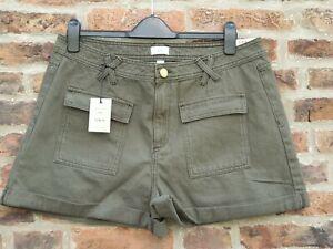 💣 BNWT RIVER ISLAND Sexy PLUS SIZE Khaki Green Shorts UK18 Curve Rrp £32