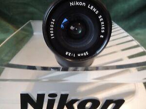 NIKON AI-S  SERIES E 28 mm F 2.8 SUPERB  LENS