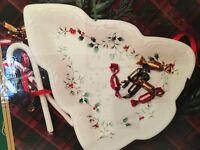 PFALTZGRAFF Winterberry Tree Shaped Dish 109-206-000 NIB New Christmas Holiday