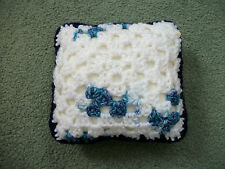 Mini Almohada/Cojín cuadrado de ganchillo, Casa De Muñecas, alfiletero, Decorativos, Azul/Blanco