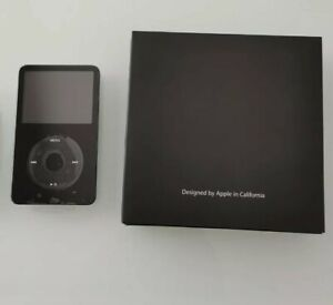 Apple iPod 5th Generation Black (30 GB)
