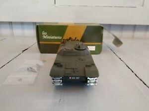SOLIDO miniature char militaire AMX 13 VTT avec accessoires 1:50