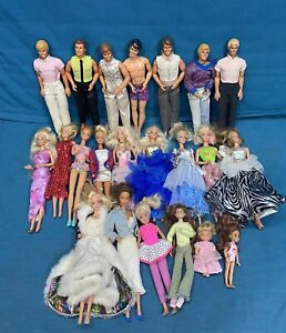 Vtg Huge Lot Vintage Barbies, Ken, Clothes, Accessories 60s 70s 80s TLC