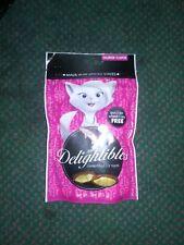 Petiq-Delightibles Center-filled Cat Treats- Salmon 3 Oz