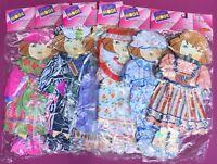 6 Puppenkleider Garnituren auf hübschen Pappkarten, OVP, Für 36 cm Mundia Puppen