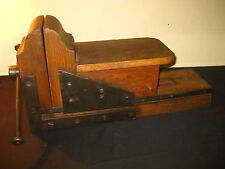 OLD PRIMITIVE CARPENTRY CARPENTER PRESS WOOD WOODEN LATHE VISE CLAMP TOOL 1900