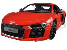 AUDI R8 V10 PLUS ORANGE 1/18 DIECAST MODEL CAR BY MAISTO 36213