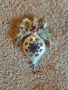 Vintage Brooch Christmas Ornament Pin Holiday Silver Blue and Pink Stones