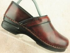 Dansko Dark Red Leather Professional Nursing Clog Shoes Women's Size 38 / 7.5-8