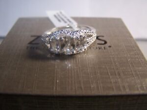 ZALE'S JEWELERS TRIPLE SAPPHIRE CLUSTER COCKTAIL RING STERLING SILVER SIZE 8