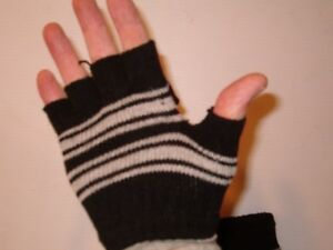 Knitted Elastic Warm Half Finger Fingerless Gloves mittens Faux Wool A10//2