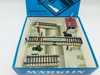Marklin HO 7192 Level Crossing with Track Sections in Original Box