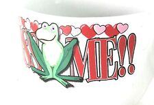 Kiss Me Mug          GR2