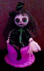 Knitted Toilet Roll Cover-Novelty Halloween Toilet Roll Cover With Rag Doll 'UK'