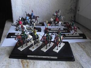 Figurines MDM plastique, 10 cavaliers differents regiments