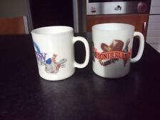 2 Mug tasse Arcopal Esso Eurodisney Disneyland Disney Dumbo Fantasyland vintage