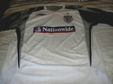 UMBRO WHITE/GREY TRAINING SHIRT SIZE L