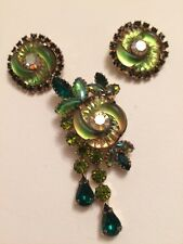 EDLEE Stunning Rare 1950s Brooch and Clip On Earrings Demi Parure