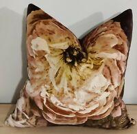 Designers Guild Le Poem De Fleurs Rosewood & Omega Velvet Cushion Cover 45x45 cm