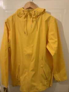 RAINS BREAKER WATERPROOF YELLOW JACKET NEW WITH TAGS XS/S