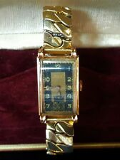 VINTAGE DOXA ANTI-MAGNETIC DECO MEN'S SOLID 14K ROSE GOLD WATCH