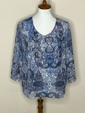 Chico's Size 1 Blue White Paisley V-Neck 3/4 Sleeve Women's Top Shirt Sheer