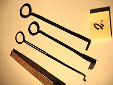 Antike Schlüssel Handarbeiten 3 Stück Truhen oder Kastenschlüssel Nr.2.Old key